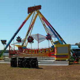 barcone predator amusement rides3