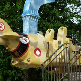 flying fury11 amusement rides