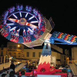 moon dance amusement ride2