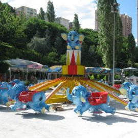 red baron elephant amusement rides2