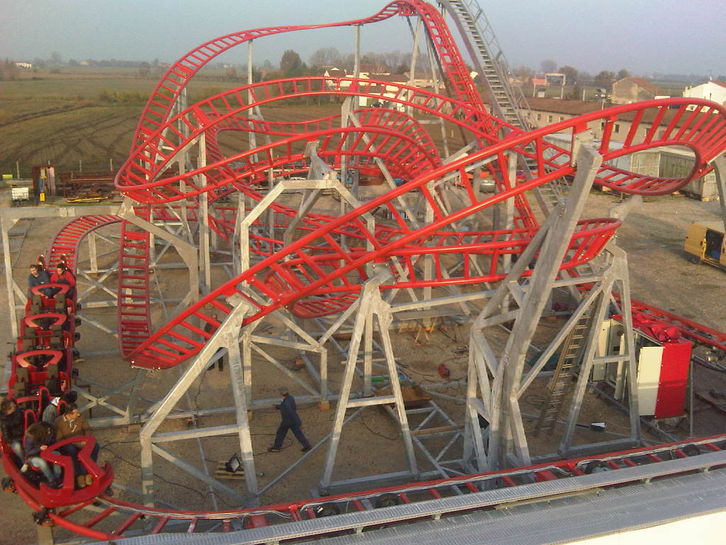 how to build a small roller coaster