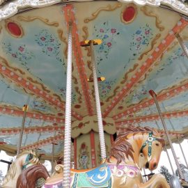 Carousel 6,70 (7)